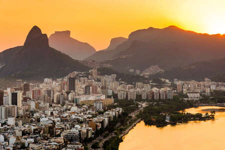 View of Ipanema and Leblon District Buildings and Mountains by Sunset in Rio de Janeiro, Brazil. Фото со стока - 156064651