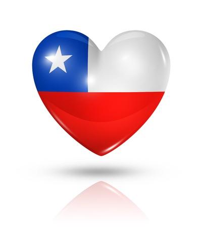 bandera de chile: Amor Chile símbolo. 3D icono de la bandera del corazón aislado en blanco