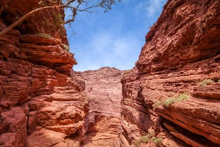 Garganta del diablo in Quebrada de las Conchas, Cafayate, Salta, Argentinië Stockfoto - 86254478