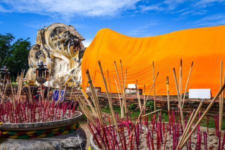 Reclining Buddha statue in Wat Lokaya Sutharam temple, Ayutthaya, Thailand 写真素材
