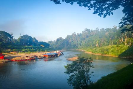 Kuala Tahan village in Taman Negara national park, Malaysia 版權商用圖片