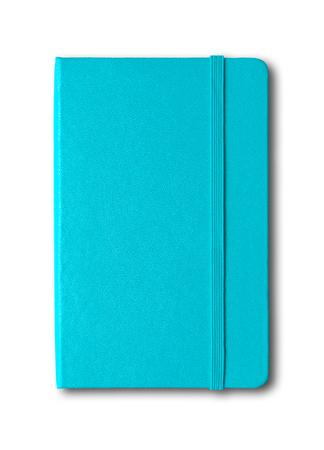 Maqueta de cuaderno cerrado azul aqua aislado en blanco