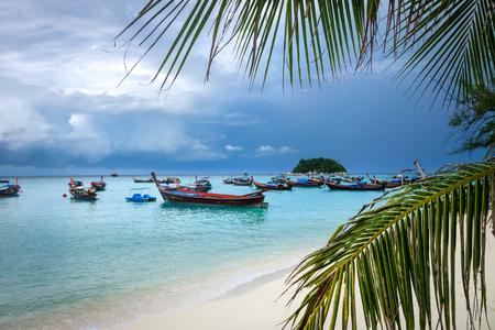 Sunrise beach paradise in Koh Lipe, Thailand Stockfoto