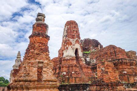 Wat Phra Mahathat temple, Ayutthaya, Thailand
