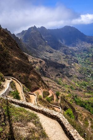 Aerial Hiking trail in Paul Valley, Santo Antao island, Cape Verde, Africa Banque d'images - 142838305
