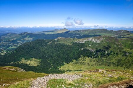 Puy Mary and Chain of volcanoes of Auvergne in Cantal, France Stockfoto