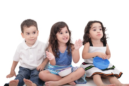 children's: Childrens looking up surprised