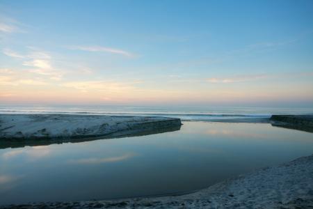 Sunrise in the beach and lake Stock Photo - 20239256