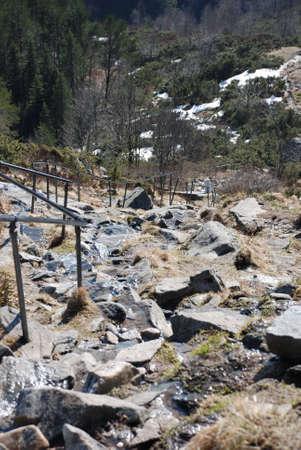 mountin: stone track