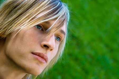 Close-up portrait d'un adolescent de style