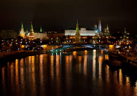 View of the Kremlin from Moscow River bridge at night Фото со стока