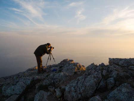 写真家、自然の写真を撮る 写真素材 - 13656272