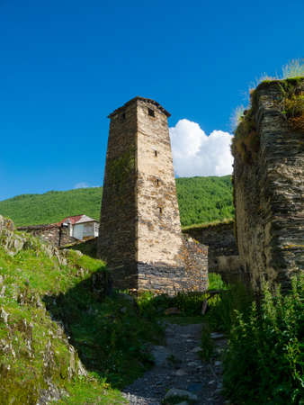 svan: Torre in Ushguli, Svaneti, Georgia.