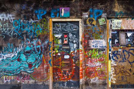 アムステルダムでの落書きを描いた壁 写真素材
