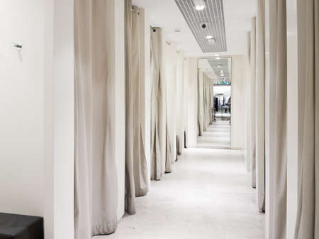 Fitting room interior in a mall. Nobody 스톡 콘텐츠