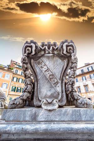 spqr: SPQR - Roma Archivio Fotografico