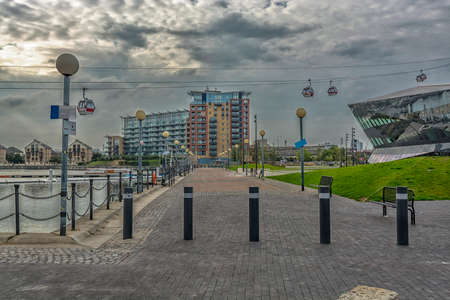 docklands: Walking in the Docklands, London.