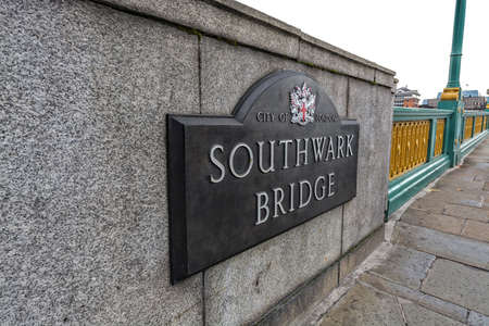 southwark: Southwark Bridge sign. Stock Photo