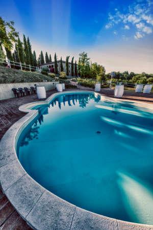 Swimming pool in the resort. 에디토리얼