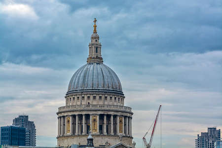 st pauls cathedral: St. Pauls Cathedral in London.