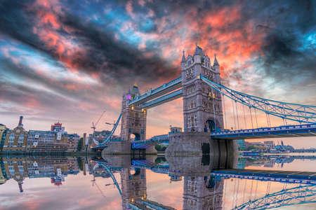 London Bridge at sunset. Standard-Bild