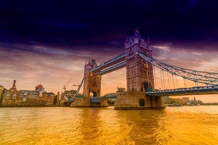 London Bridge at sunset. Reklamní fotografie