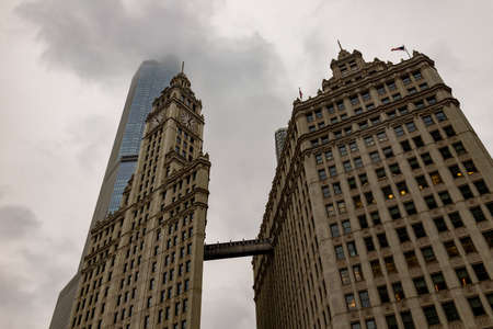 Old and new skyscrapers in Chicago. 스톡 콘텐츠