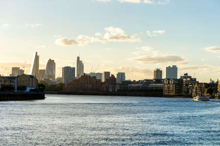 Sunset over London skyline. Archivio Fotografico - 148303496