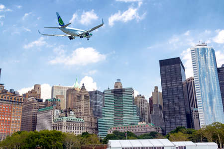 Manhattan new skyline. 스톡 콘텐츠 - 148306718