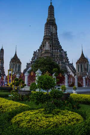 Pagoda at WAT ARUN and the beautiful sky.