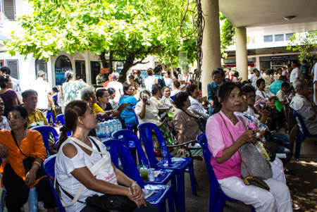 SINGBURI, THAILAND-AUGUST 15: Unidentified People come to the temple and attend  birthday on the anniversary of his father Charan at AmpawanTemple on August 15, 2013 AmpawanTemple Phrom Buri district. Sing Buri Province, Thailand.