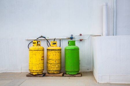 gas supply: Gas tanks on the roof. The method of gas supply for the citizens of Malta.