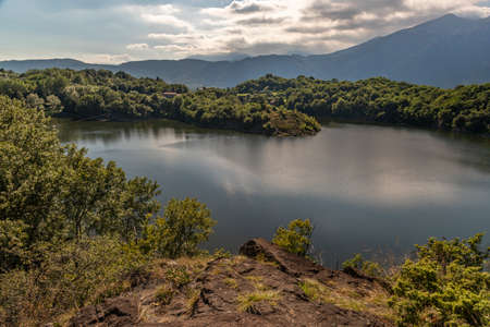 This small lake is little known, it is the starting point for many excursions Stockfoto