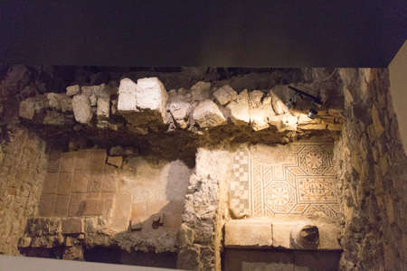 Italy, Brescia - December 24 2017: the view of the fragment of Roman House or Domus Romano in the Museum of Santa Giulia on December 24 2017 in Brescia, Lombardy, Italy. 写真素材 - 133709530