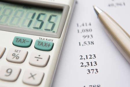 Ermittlung der Steuerschuld Standard-Bild