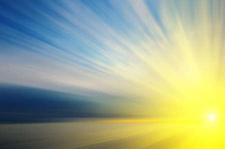 太陽に向かって飛んでいます。太陽へのトラフィックを高速の模倣。抽象的な構成