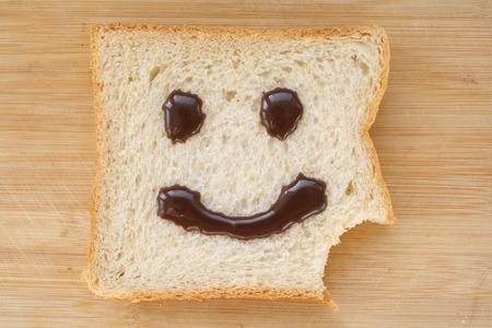 human face: Happy Face Bread