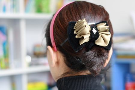 black hair: Black Hair bun
