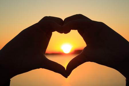 silhouette coeur: En forme de coeur Banque d'images