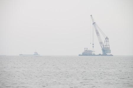dredging: Harbor cranes