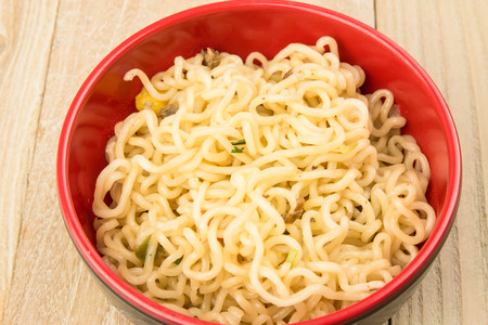 Cooked instant noodles in a bowl