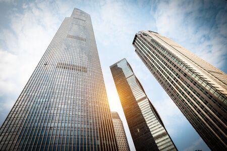 Lage hoekopname van moderne architectuur