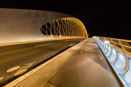 hormig�n: Night view of the Troja Bridge from the river Vltava, Trojsky most, Prague, Czech republic Foto de archivo
