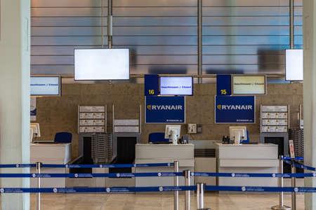 Nuremberg, Germany - May 6, 2018: Empty Check-in Ryanair counter at Nuremberg Airport. Nuremberg airport is located in Germany. Publikacyjne