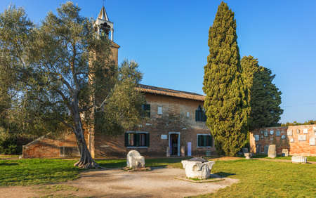 Santa Maria di Assunta cathedral on Torcello island in Venice lagoon, Italy 版權商用圖片