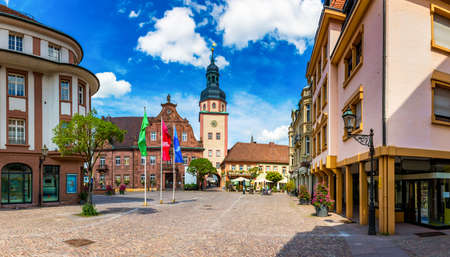 Market square with town hall and town hall tower, Ettlingen, Germany, Black Forest, Baden-Wuerttemberg, Germany, Europe. Downtown of Ettlingen town in Baden Wurttemberg, Germany. Zdjęcie Seryjne