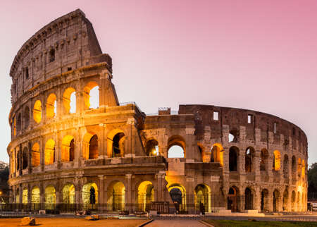 View of Colosseum in Rome at sunrise, Italy, Europe Banque d'images - 138377014