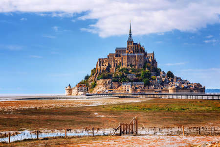 Magnificent Mont Saint Michel cathedral on the island, Normandy, Northern France, Europe 스톡 콘텐츠 - 138404747