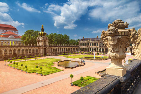 Famous Zwinger palace (Der Dresdner Zwinger) Art Gallery of Dresden, Saxony, Germany Banque d'images - 138404752