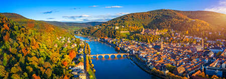 Heidelberg skyline aerial view from above. Heidelberg skyline aerial view of old town river and bridge, Germany. Aerial View of Heidelberg, Germany Old Town. Video of the aerial view of Heidelberg. Stockfoto